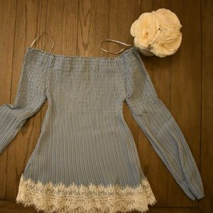 Willow & Clay Off The Shoulder Lace